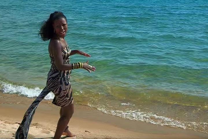 Natacha – Mawe Mwiza – Videoclip